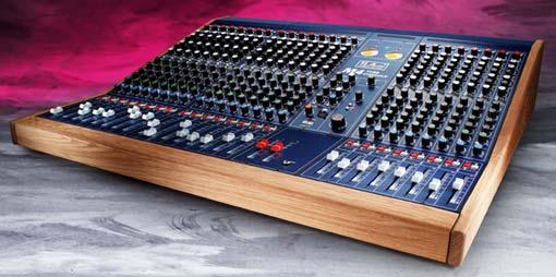 Mesa M4 de TL audio