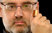 JORDI CERVERA escritor de historias PREMIADO